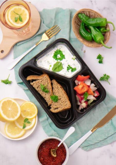 Sałatka z cateringu dietetycznego Codziennie FIT